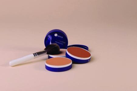 make-up 14